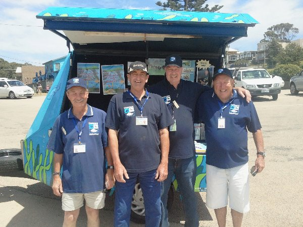 Volunteers for Fishcare Lake Tyers Beach